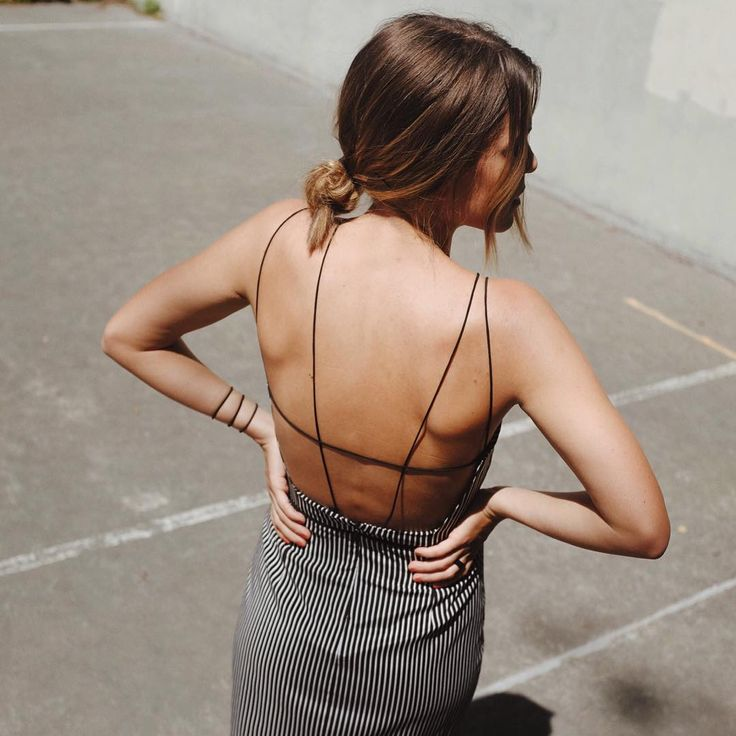 The bold & the backless @lailaazharny #lailaazhar  Shot by @thethriftyninja