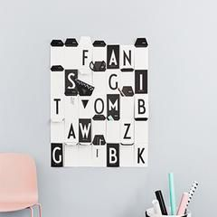 These cards from Design Letters are so cool you won't want to give them away! You can display the front and back #MonochromeDecor #Black&White #Letters #Cards #ABC Card . A-Z - Black & White