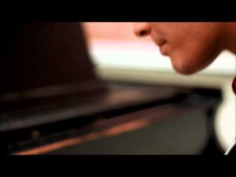 Piano-Boxing (Piano + Beatboxing) by Danny Padilla (Original)
