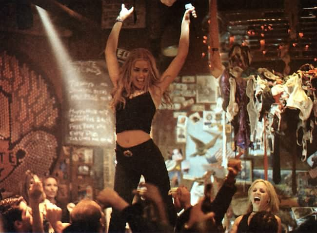 10 Reasons Why Coyote Ugly Is The Movie You Forgot You Loved