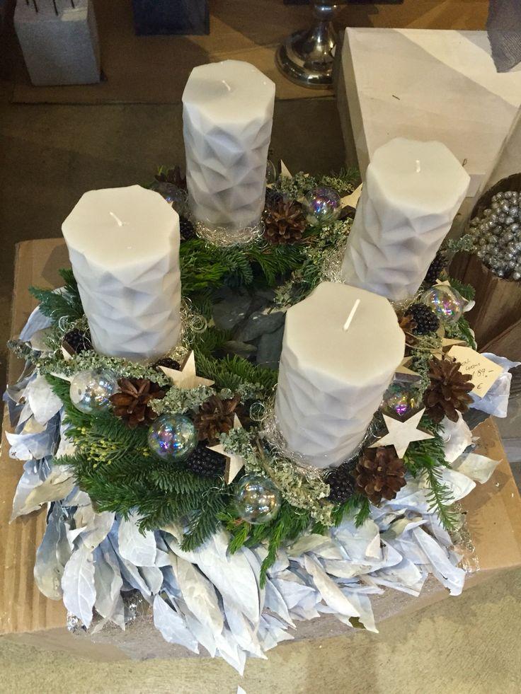 Adventskranz geometrische Kerzen Advent wreath geometric