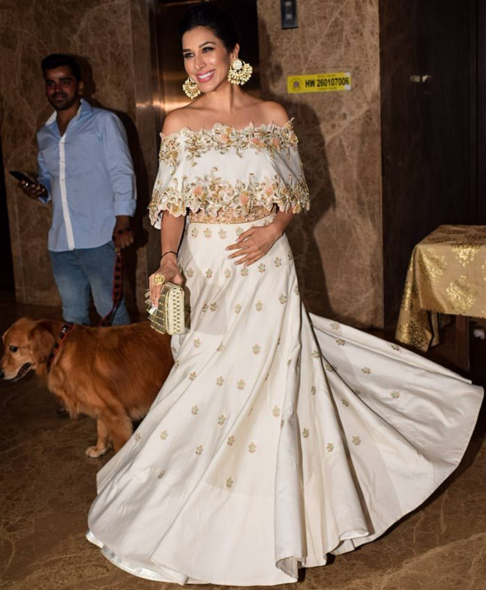 #indianfashion #sophiechoudry @sophie_choudry, #Bollywood Stars at Diwali Parties 2017 rediff.com #diwali #diwaliparty Bollywood #celebrities #celebstyle Indian Fashion #desi #desifashion via @sunjayjk