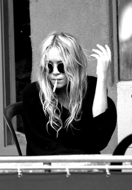 Mary-Kate Olsen CHANNELING JOHN LENNON?