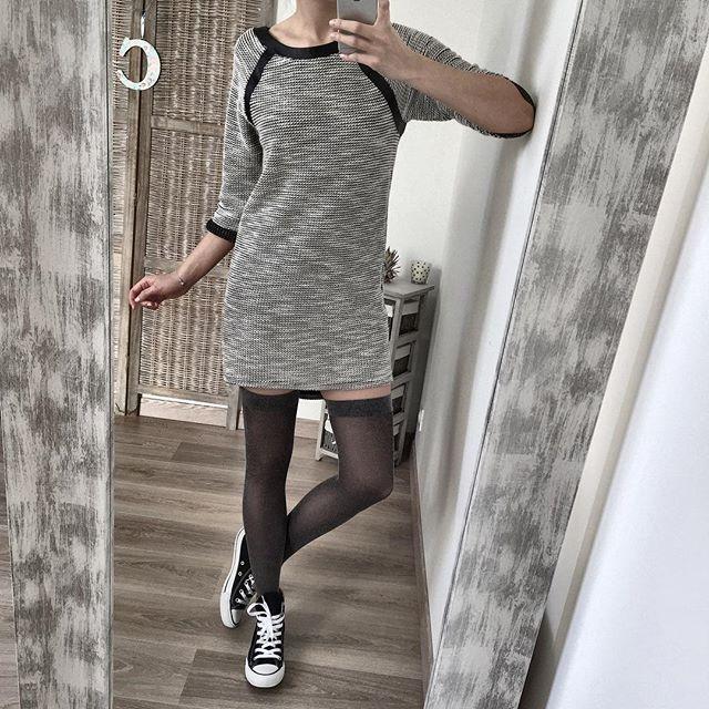 """[A VENDRE] ♣Coucou les filles ! Voici ma robe/tunique d'hier que je vous montre sous un look plus """"cool"""" !! Je l'ai mise en vente dans mon vide dressing !! Alors pour les intéressées Rdv sur mon blog ! 🌷 --- www.dresscodecam.com  #blog #blogger #frenchtouch #robe #jambieres #converses #girls #fashion #ootd #lookbook #mode #fashiondiaries #fashionstyle #style #outfitoftheday #zara #instamood #fashionblog #fashionista #fashionblogger #videdressing #instadaily #stylish #look #instagood…"""