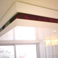 BedUp® est un lit escamotable pratique et design qui se range au plafond. Il est la solution la plus économique d'espace et la plus élégante.