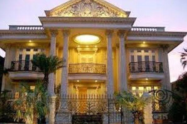 Rumah Baru Setya Novanto di Kebayoran Baru Senilai Rp204 Miliar ISLAMINEWS - Ketua DPR Setya Novanto ternyata miliki rumah yang dengan har...