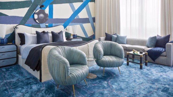 avy Blue as always been a favorite for master bedroom decor, and in this article, we can watch some amazing bedroom inspiration by some of the best in the business. Above is a master bedroom design by Kelly Wearstler.