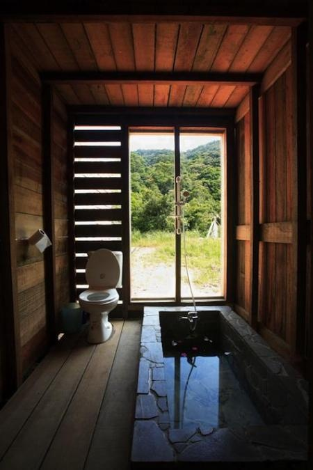 Cabins Rustic bath