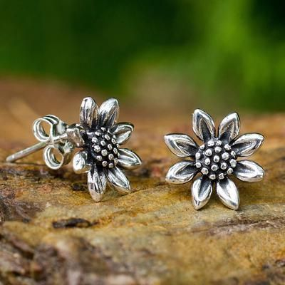 Small Sterling Silver Sun Flower Post Earrings. I need these!