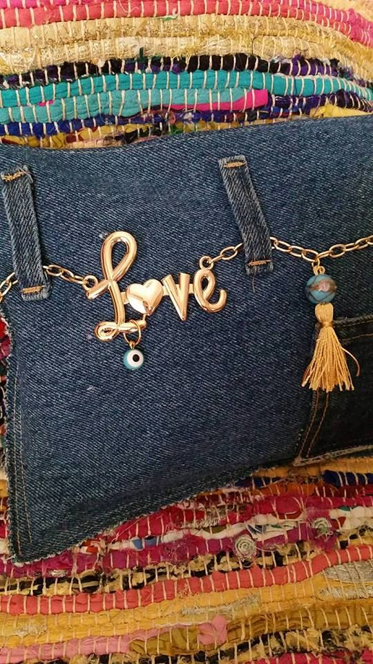 hand made jean clutch find us on https://www.facebook.com/LikeThingsDecoration/