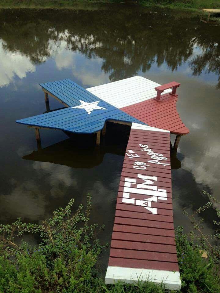 Texas themed dock with Texas Aggie walkway... Love it!