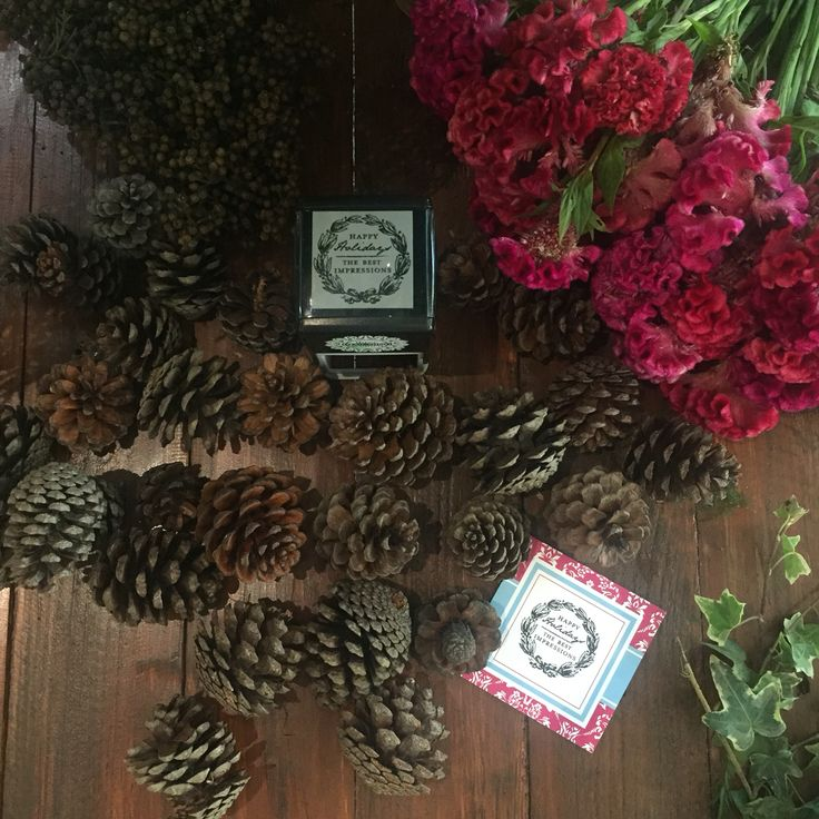 Of wreaths & pine cones