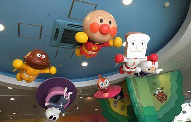 名古屋アンパンマンこどもミュージアム。園内はアンパンマン一色で、2歳の娘が超喜んでました♡ショーもあるし、虹色滑り台もあるし、ボールパークも。1日楽しめました(*^^)vただ夏は暑いので、気を付けて!!