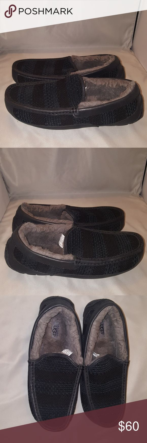 Men's UGG Ascot Weave Slippers Size-10 Black Excellent pre owned condition UGG Shoes Loafers & Slip-Ons
