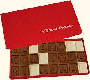 Bombones con letras para formar mensajes de chocolate. Envío a domicilio