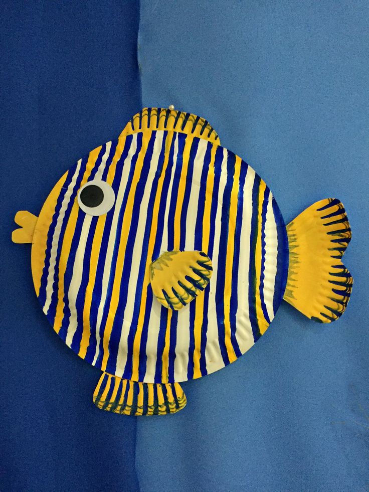 sc 1 st  Pinterest & Craft a Fish Out of a Paper Plate | Fish Craft and Craft activities