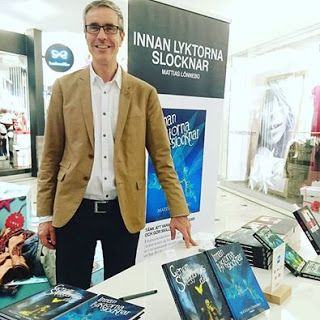 Mattias Lönnebos litterära värld: Boksignering i St:Pergallerian