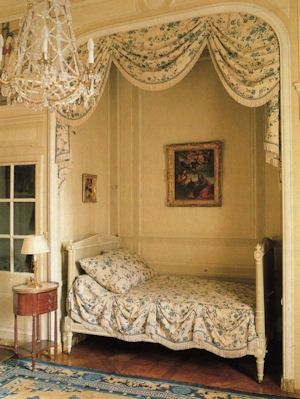 93 best images about alcove beds on pinterest french for Bedroom ideas to boost intimacy