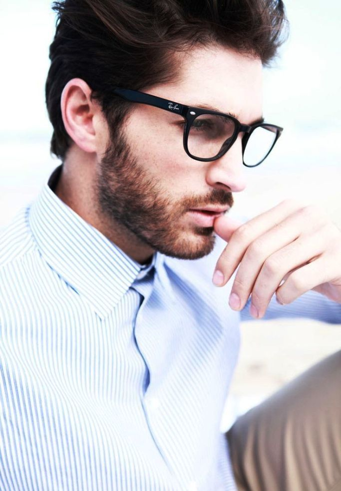 df602abee8d2 20 Classy Men Wearing Glasses Ideas For You To Get Inspired | My ...