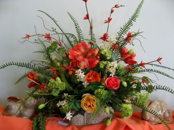 Pin by JazzyGrl on Flower ARRANGEMENTS SWAGS SPRAYS CENTERPIECES
