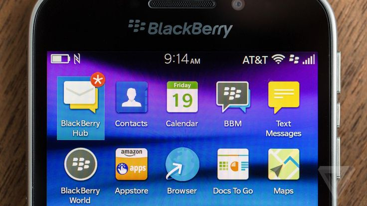 Samsung denies report that it plans to buy BlackBerry