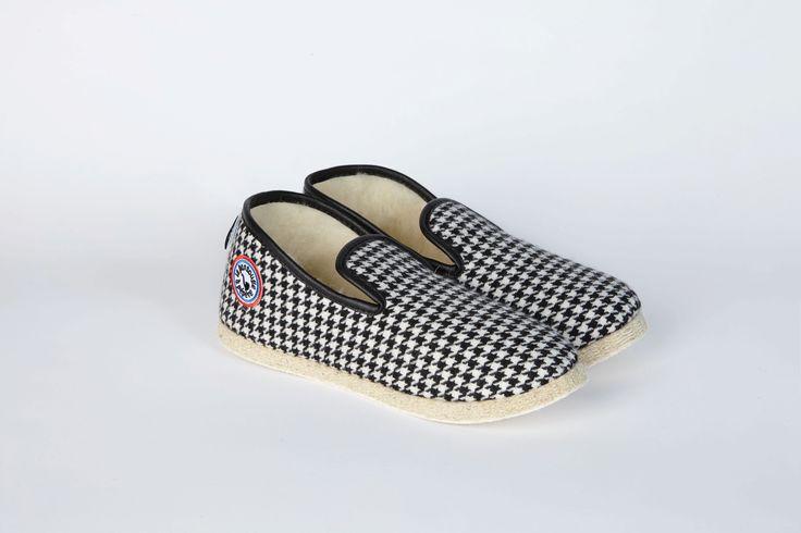 American Vintage et la Pantoufle à Pépère se sont associés pour offrir un nouveau souffle à la charentaise, ce chausson d'une autre génération.