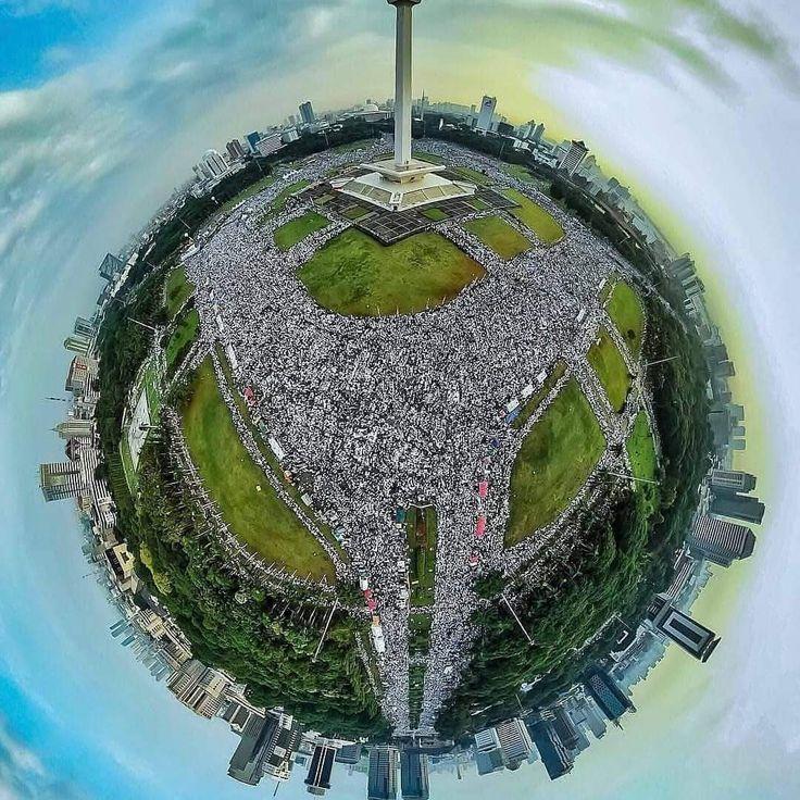 APAKAH INDONESIA ADALAH ARAH TIMUR ITU ?? Dan bukankah