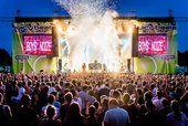 Das Juicy Beats #Festival feiert am 24. & 25. Juli - erstmals an zwei Tagen - im Westfalenpark #Dortmund 20-jähriges Jubiläum. Wir verlosen 1 x 2 Kombitickets:http://bit.ly/1S18uRD