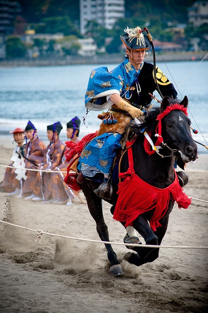 Japanese horse back archery - Yabusame http://www.flickr.com/photos/sushicam/5198419022/in/set-72157601884105744