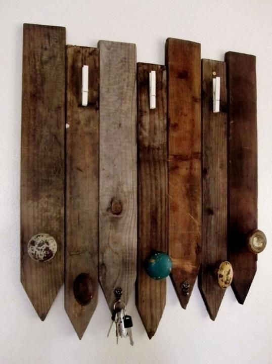 Best 25 old door knobs ideas on pinterest back door for Creative ideas for coat racks