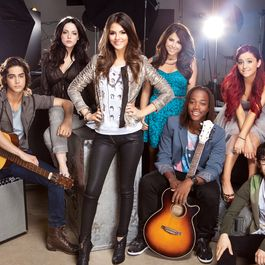 Tumblr static cast of victorious 3