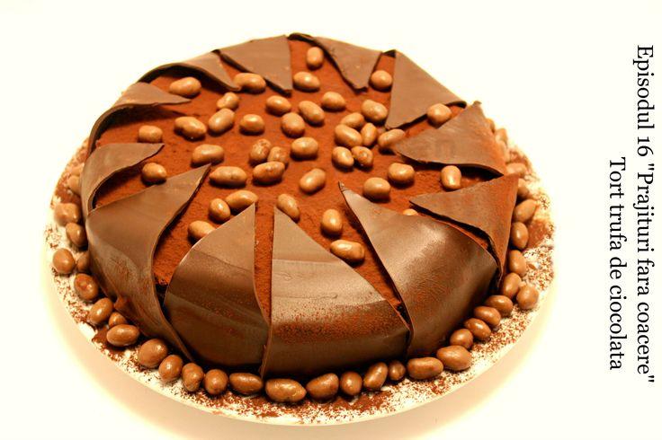 Tort trufa de ciocolata episodul 16 Adygio Kitchen.  Reteta video preparata pas cu pas  pentru tort Trufa de Adygio. Episodul 16 din seria Dulciurilor si Prajiturilor fara coacere - Adygio Kitchen Youtube.  Va pup,
