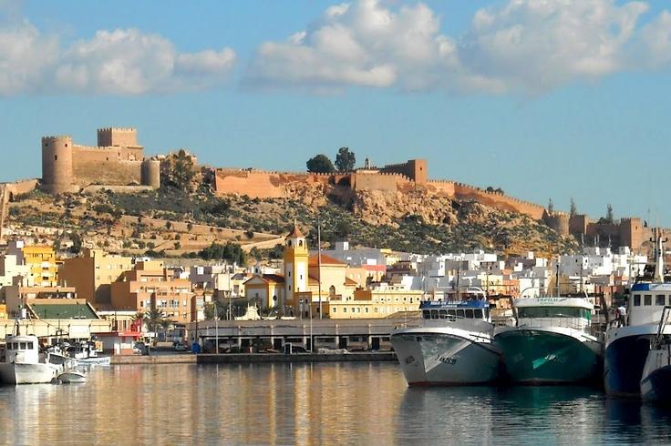 Almería port backed by the Alcazaba - a really beautiful photo by Joan Felip