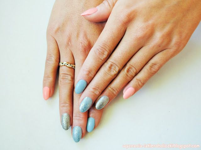 Confessions of a Polishaholic: Semilac 000 lazure dream, 144 diamond ring 130 i sleeping beauty