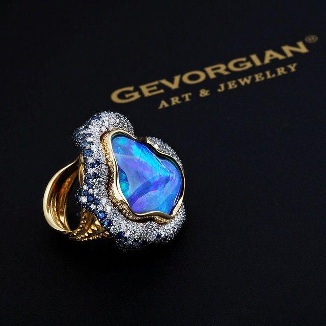 Ring by GEVORGIAN www.gevorgian.ru #GEVORGIAN #опал #gold #jewelry #art #moscow #москва #russia #золото #opal #diamonds #сапфиры #bygevorgian #highjewellery