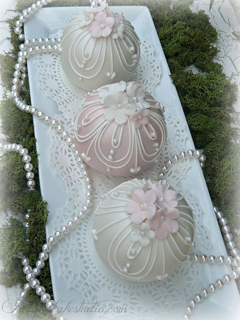 Wedding Bauble Cakes by Karens kakes, via Flickr