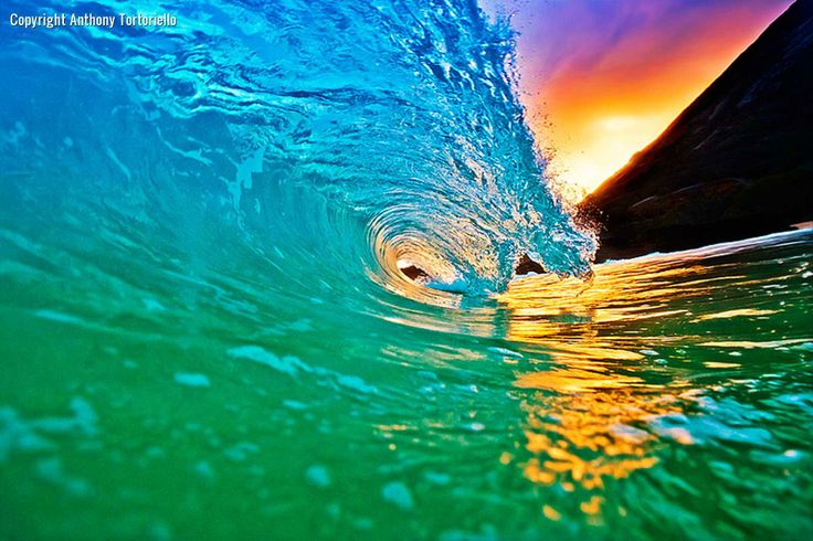 Wave Photography | Amazing Hawaii Wave Curl | Hawaii Pictures of the Day