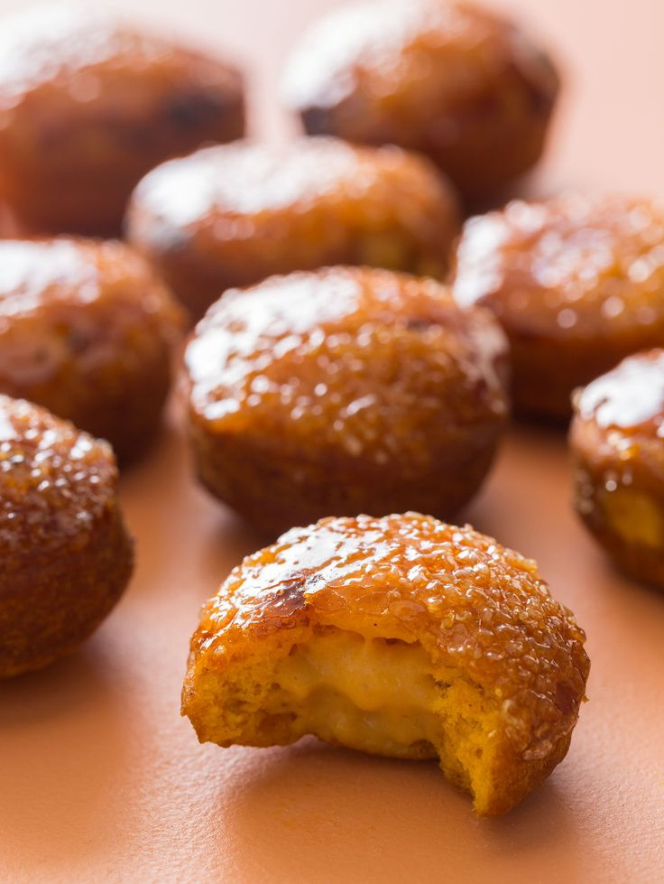 It's still pumpkin season! Take advantage of this year's harvest with this recipe for pumpkin creme brulee donuts!