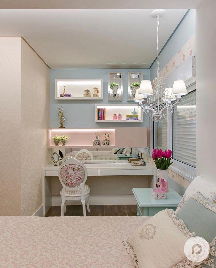 Cores suaves no quarto da menina. Amei! @pontodecor | @maisdecor_ Projeto Daiana Parrela Via @maisdecor_ www.homeidea.com.br Face: /homeidea Pinterest: Home Idea #homeidea #arquitetura #ambiente #archdecor #archdesign #projeto #homestyle #home #homedecor #pontodecor #homedesign #photooftheday #interiordesign #interiores #picoftheday #decoration #revestimento #decoracao #architecture #archdaily #inspiration #project #regram #home #casa #grupodecordigital #quartomenina