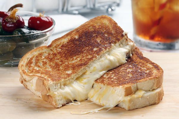 Ooey-Gooey Bacon Grilled Cheese