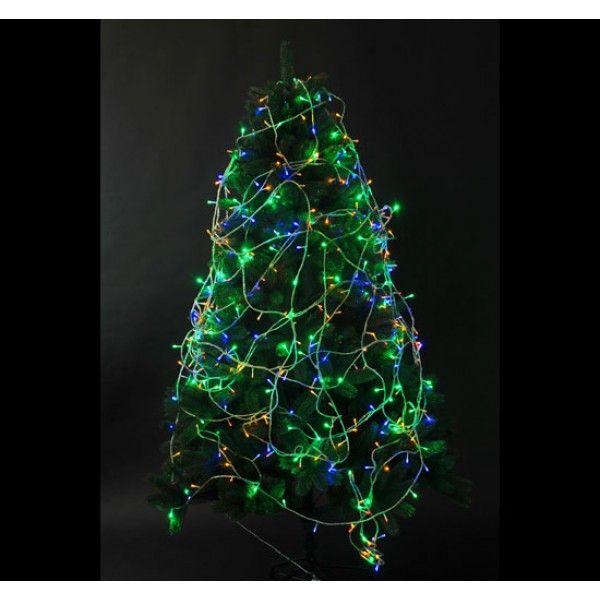 Ilumina tu árbol de Navidad con nuestra divertida tira de luces LED. Es multicolor y tiene 8 funciones distintas que cambian automáticamente. Es apto para interior y exterior. Puedes comprarlo online en: https://www.aosom.es/hogar/tira-luces-arbol-navidad-led-iluminacion-decoracion-navidades-reyes-fiesta-boda-50m.html con envíos gratis a España y Portugal en 24h/48h.