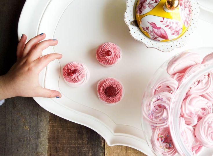 Mamma, 3 ricette speciali per festeggiare la tua bambina! Clicca sulle meringhe e scopri di più! by lucia www.lultimafetta.it