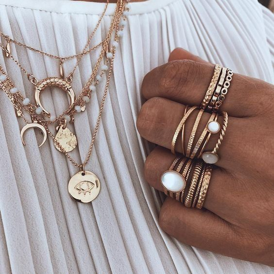 Jewellery | Gold jewellery | Rings | Necklaces | White top | Spring | Summer | L… – Ann Marie Azar