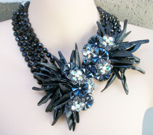 Vintage-Miriam-Haskell-Jet-Black-Crystal-Sea-Shell-Statement-Necklace