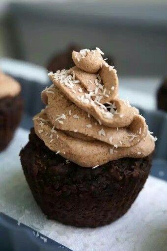http://www.thepaleomom.com/2015/03/guest-post-by-alaena-haber-birthday-cupcakes-autoimmune-protocol-friendly.html