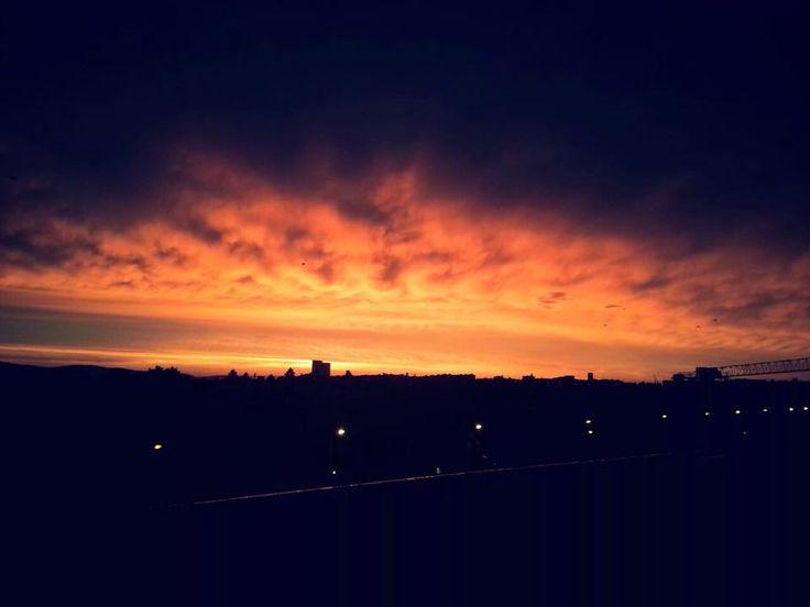 Solche wunderschönen Sonnenuntergänge kann man in Wien sehen! Toll oder? :-)