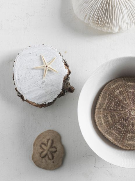 Beautiful textural neutrals, interiors still life styling by Lara Hutton, photographed by Jason Loucas #jasonloucas #larahutton #hessian #styling #stilllife