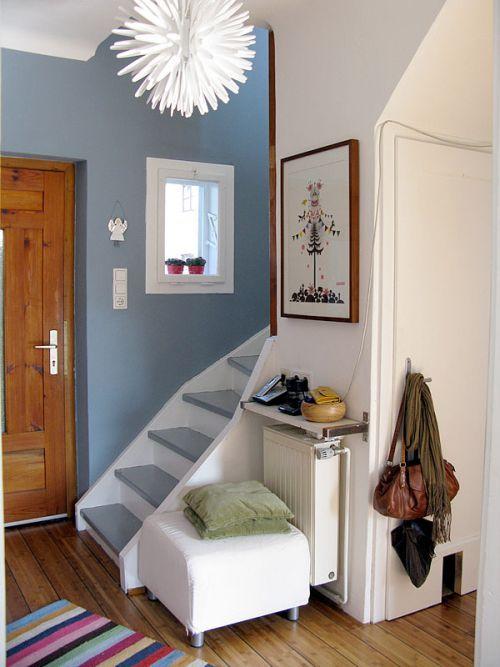 17 mejores ideas sobre escaleras en espacios reducidos en - Decoracion para recibidores ...