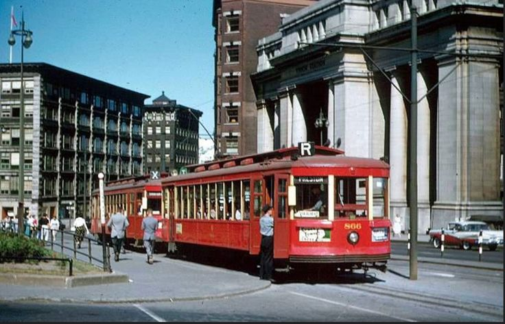 Ottawa Streetcars in front of Union Station - 1950's