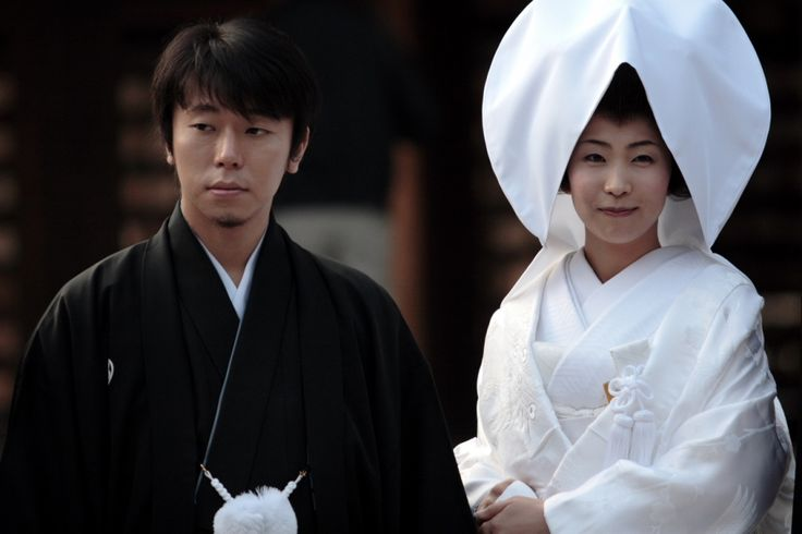 Japanese brides dress up in white kimonos and wear a special silk headdress called 'tsunokakushi.' Its purpose is to veil the bride's 'horns of jealousy.' This is their ego and selfishness, and it symbolizes her resolve to become a gentle, obedient wife.